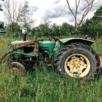 Старый Трактор :: Alexander Dementev
