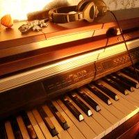 Закат и пианино :: Алексей Рудаков