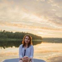 Вечером на озере :: Сергей Богданов