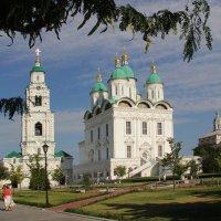 Кафедральный собор и звонница :: Александр Алексеев