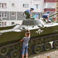 Растёт достойная смена. :: Дмитрий Сиялов