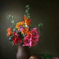 Этюд с деревенским букетом и абрикосовыми косточками :: lady-viola2014 -