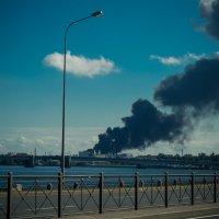 Пожар в Питере :: Юрий Плеханов