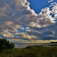 Мегленское озеро на закате... :: Sergey Gordoff