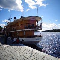 Кораблик у набережной финского города Савонлинна. :: Светлана Калмыкова
