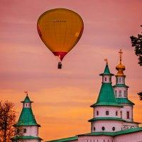 Воздушный шар :: Наталья Алексеева