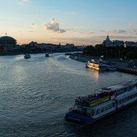 Речной трамвай :: Владимир