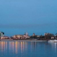 Вечерние прогулки по Ангаре :: Владимир Гришин