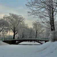 Милый мостик зимой... :: Sergey Gordoff