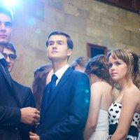 Выпускники готовятся к вручению дипломов :: Евгений Кожухов