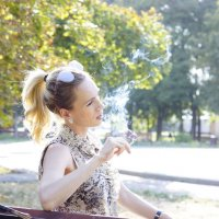 Портрет с дымком :: Наталия Сарана