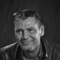 Режиссер и актер Антон Фигуровский. :: Екатерина Рябинина