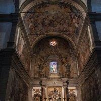 Лукка. Церковь Санти-Паолино-э-Донато :: Надежда Лаптева