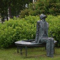 Это памятник А.Д. Сахарову в парке МУЗЕОН,Москва :: Galina Leskova