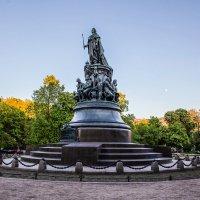 Памятник Екатерине Великой в Петербурге :: Василий Голод