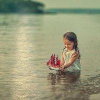 Маленькая Ассоль :: Виктория Дубровская