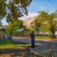 Августовское утро на Александровском проспекте. :: Вахтанг Хантадзе