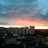 летний закат в Москве :: Валентин Русак