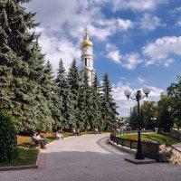 Воскресный полдень в Покровском сквере :: Игорь Найда