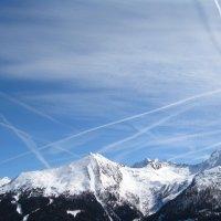 Тени в облаках :: Валерий Струк