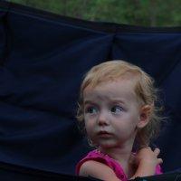 ребенок в гамаке :: юрий мотырев