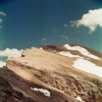 Край света, вершина h = 4150м. :: Виктор Осипчук