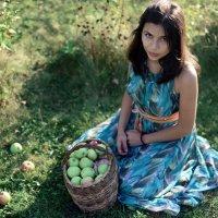 В саду :: Diana Uspenskaya