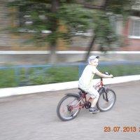 Племянник научился ездить на велосипеде :: Maksim Shubin