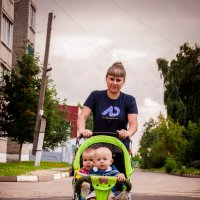 на прогулке :: Михаил Фенелонов