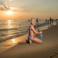 Пляж на закате :: Сергей