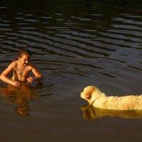 Не понятно, кому больше радость - ребенку или собачке :: Андрей Лукьянов
