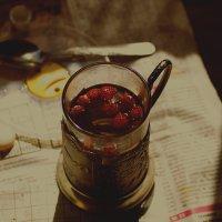 Чай с земляникой :: Елена Баландина