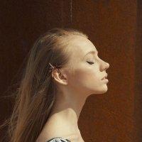 Портрет у железной трубы :: Женя Рыжов