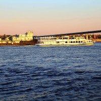 Вид на танцующий мост :: Владимир Юдин