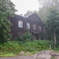 Старые дома :: Юрий Арасланов