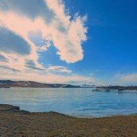 Озеро на острове Ольхон :: Анатолий Иргл