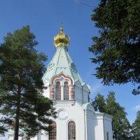 На холме церковь святителя Николая :: Светлана
