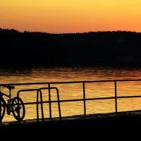 Любование закатом... :: Дмитрий Петренко