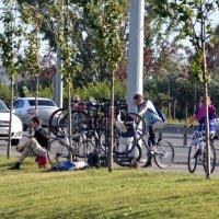 Пауза у велотуристов :: Вера Музафарова