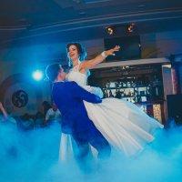 Первый танец молодых :: Любовь Илюхина