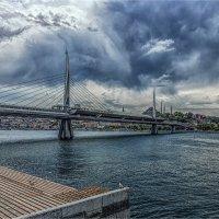 Метромост над Золотым рогом в Стамбуле :: Ирина Лепнёва