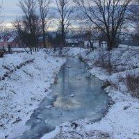 Зимняя   река   в    Надворной :: Андрей  Васильевич Коляскин