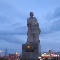 Памятник Симеону Верхотурскому :: Вера Щукина
