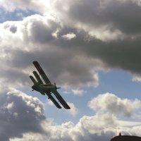 Самолёт вошёл в предельный крен.. Балашиха 02.09.17. Прискорбно.. :: Alexey YakovLev