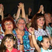 Публика неистствовствала.. :) :: Андрей Заломленков