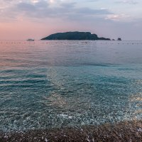 Будва. Пляж. Раннее утро :: Андрей Илларионов