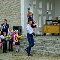 Первый звонок :: Дмитрий Конев