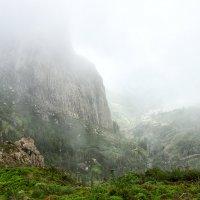 Туман на острове Ла Гомера :: Valeriy(Валерий) Сергиенко