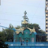 Часовня  над рекой Цна. :: Виталий Селиванов