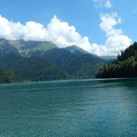 озеро Рица :: Лиза Ворончихина